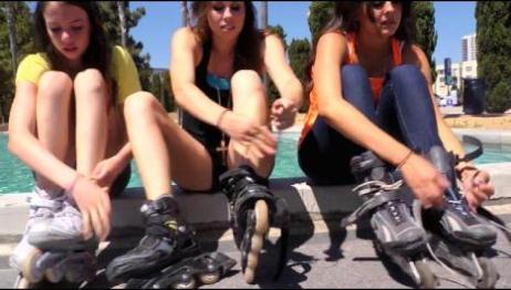 teen pop rollergirl