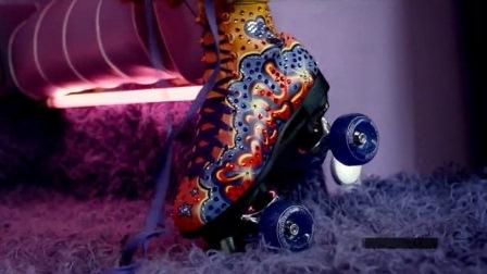 blue red roller skate sorry madonna vabandust vabandan
