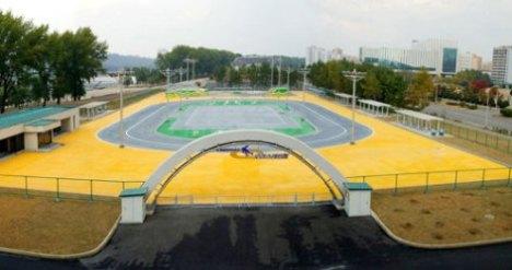 North Korea Ryugyong Health Complex, Ice Rink Skate Park 2012, rollerblade, roller skate, inline skate track DPRK