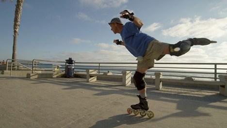 slomo pacific beach san diego rollerskater